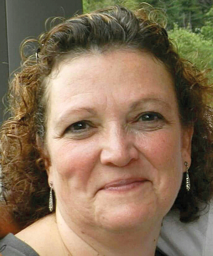 Rose Mary Saraiva *